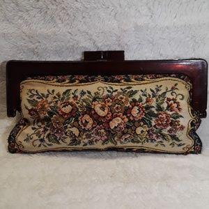 Vintage 40s or 50s tapestry floral clutch
